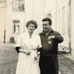 Zdjęcie zrobione w 1959 roku i dedykowane przez pacjenta 'miłej i sympatycznej pani Zosi'.